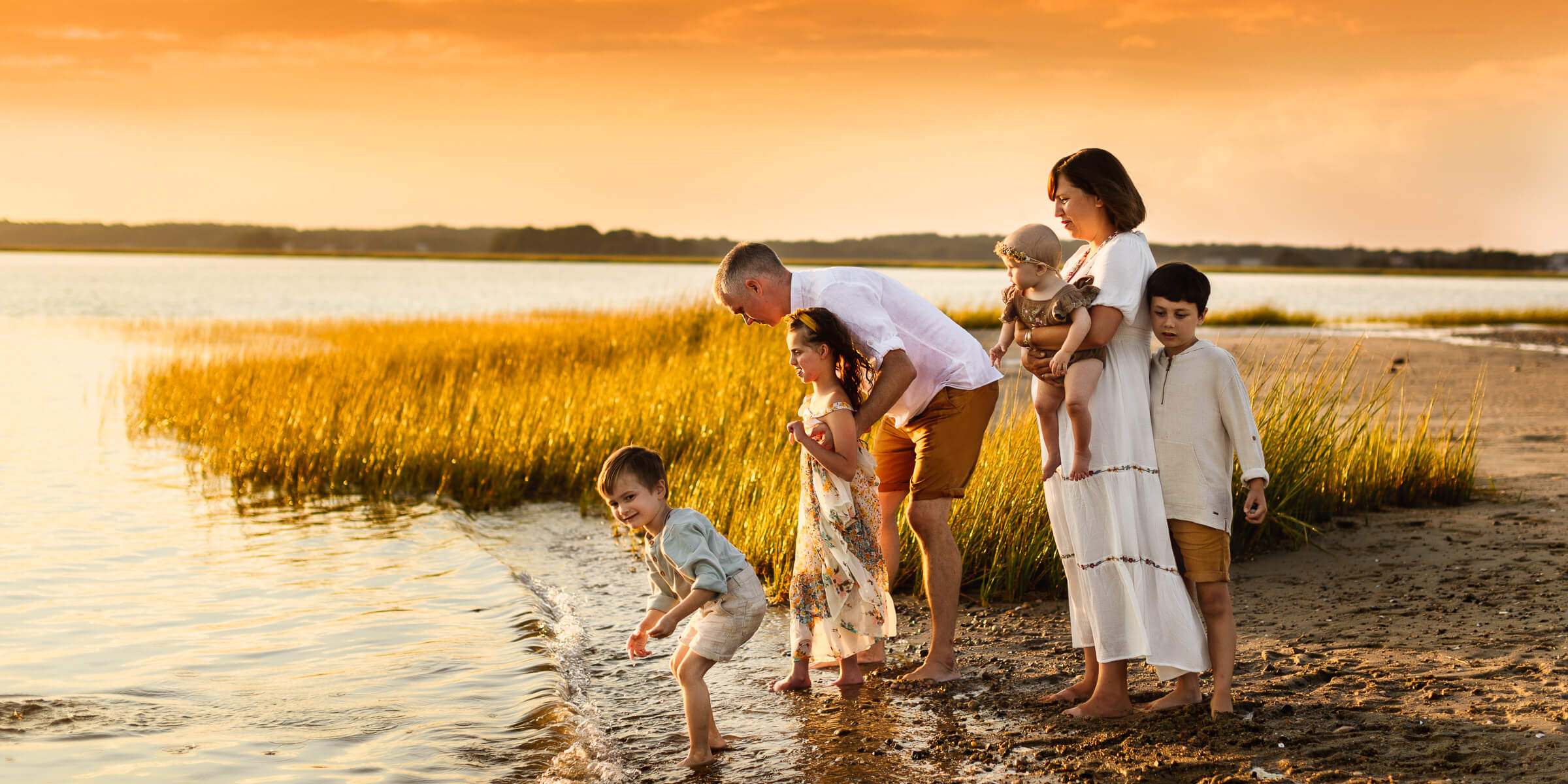 Duxbury Beach Family Photo Session cover photo-1-2