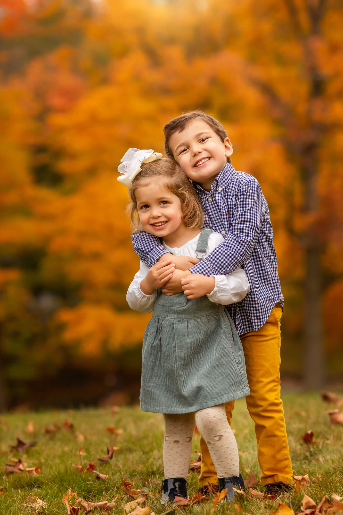 Fall Family Fine Art Portraits, Family Photographer Boston, siblings 4