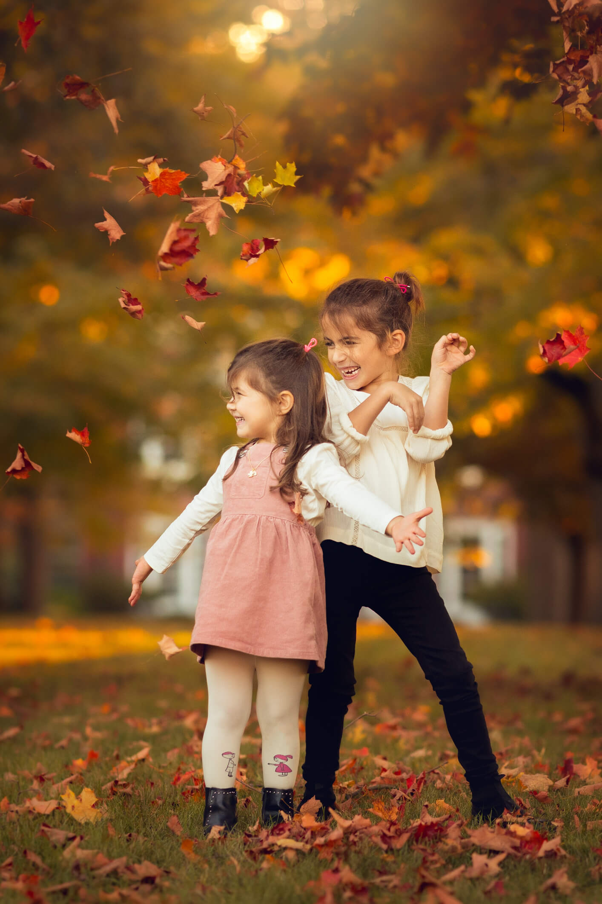 Fall Family Fine Art Portraits, Family Photographer Boston, siblings 5