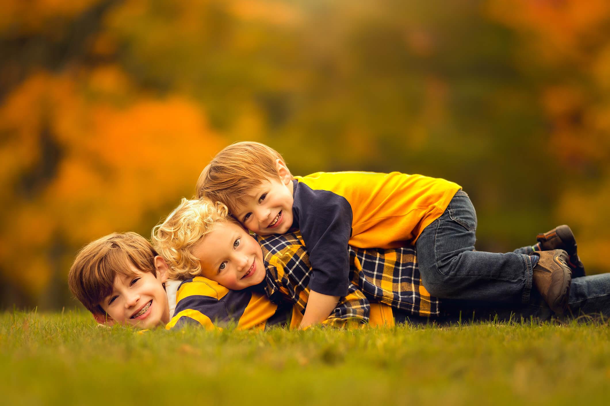Fall Family Fine Art Portraits, Family Photographer Boston, siblings 7