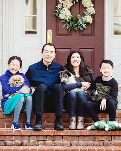 Love in Covid19 times - front door family portrait - Andre Toro Photography-10