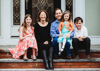 Love in Covid19 times - front door family portrait - Andre Toro Photography-105