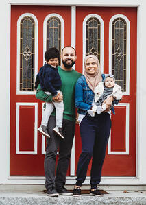 Love in Covid19 times - front door family portrait - Andre Toro Photography-106