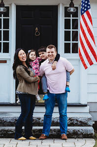 Love in Covid19 times - front door family portrait - Andre Toro Photography-109