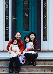 Love in Covid19 times - front door family portrait - Andre Toro Photography-111
