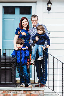 Love in Covid19 times - front door family portrait - Andre Toro Photography-112