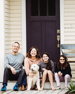 Love in Covid19 times - front door family portrait - Andre Toro Photography-115