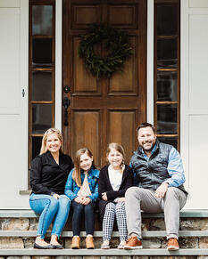 Love in Covid19 times - front door family portrait - Andre Toro Photography-117