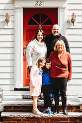 Love in Covid19 times - front door family portrait - Andre Toro Photography-118