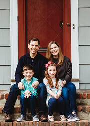 Love in Covid19 times - front door family portrait - Andre Toro Photography-123