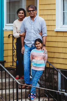 Love in Covid19 times - front door family portrait - Andre Toro Photography-125