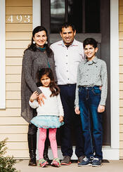 Love in Covid19 times - front door family portrait - Andre Toro Photography-127