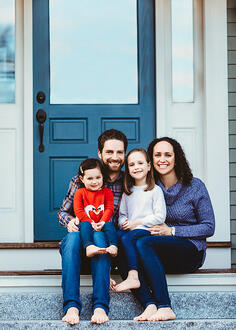 Love in Covid19 times - front door family portrait - Andre Toro Photography-131