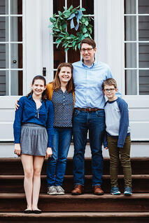 Love in Covid19 times - front door family portrait - Andre Toro Photography-134
