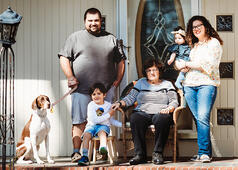 Love in Covid19 times - front door family portrait - Andre Toro Photography-28