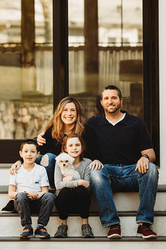 Love in Covid19 times - front door family portrait - Andre Toro Photography-38
