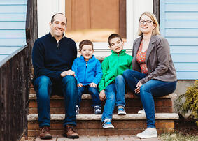Love in Covid19 times - front door family portrait - Andre Toro Photography-49