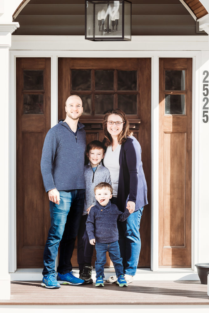 Love in Covid19 times - front door family portrait - Andre Toro Photography-55