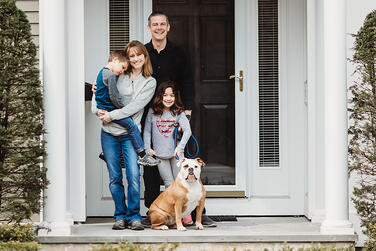 Love in Covid19 times - front door family portrait - Andre Toro Photography-68