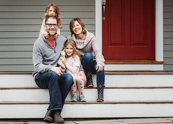 Love in Covid19 times - front door family portrait - Andre Toro Photography-69