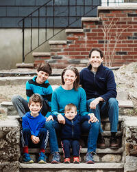 Love in Covid19 times - front door family portrait - Andre Toro Photography-82