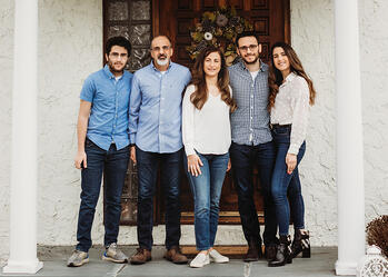 Love in Covid19 times - front door family portrait - Andre Toro Photography-86